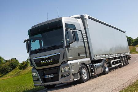 Șoferi la Prelată categoria CE 40 tone